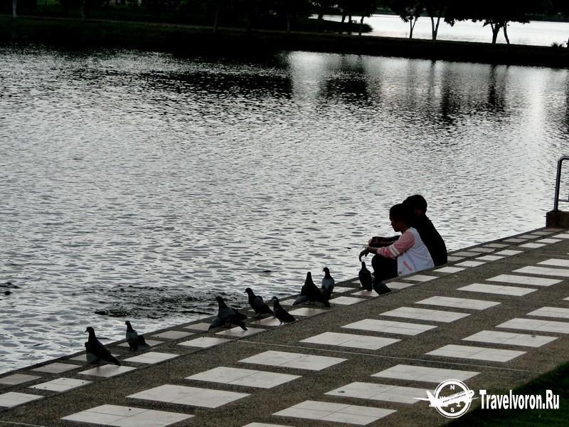 Водный парк Бунг Та Луа (Bung Ta Lua Water Park)